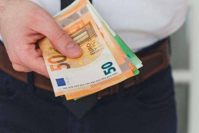 Almanya Bankaları Kredi Faiz Oranları 20.000 EURO