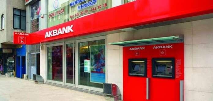 Akbank'tan Bayrama Özel 3 Ay Borç Ertelemeli Kredi