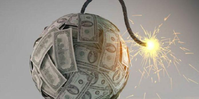 Dolardan Rekor Üstüne Rekor Geliyor: 3,30 Direnci de Kırılmak Üzere!