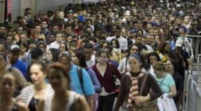 Ege Bölgesinde Genç Nüfus Oranı Düşüyor