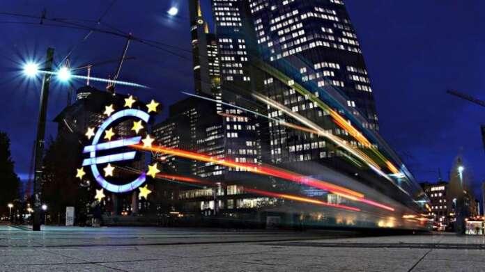 Euro Bölgesi'nde Ekonomik Düzelme Devam Ediyor