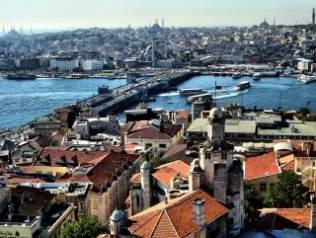 Gayrimenkul yatırımcısı İzmir'i tercih ediyor
