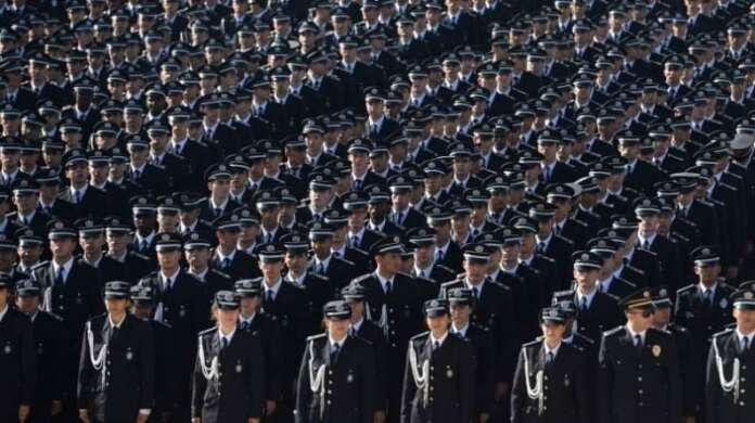 KPSS'siz 10 Bin Lise Mezunu Polis Alınacak