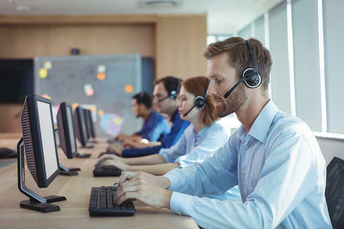 Banka Müşteri Temsilcisi: Sınav Süreci, Görevleri ve Maaşı