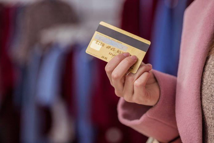 Ticari Kredi Kartı Nedir? Ne Değildir?