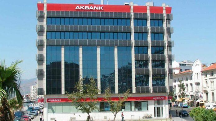 akbank-istanbulda-ikamet-eden-gise-yetkilisi-alimi-yapiyor