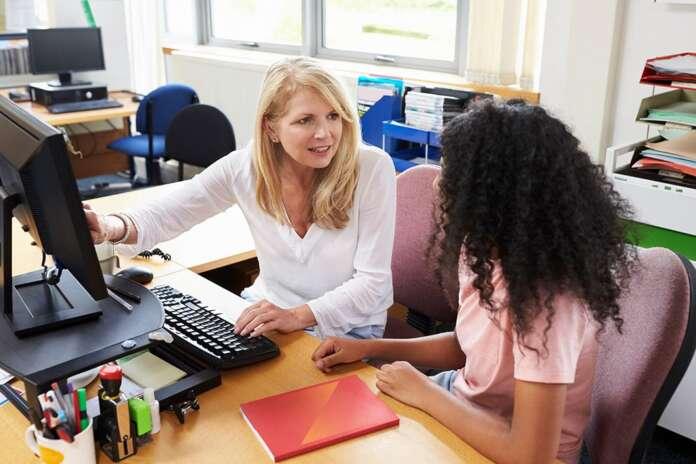 AÖF Bankacılık ve Sigortacılık Bölümü İş Sahaları