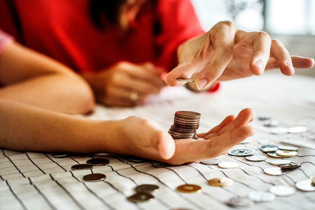 Para Peşinde Koşmak