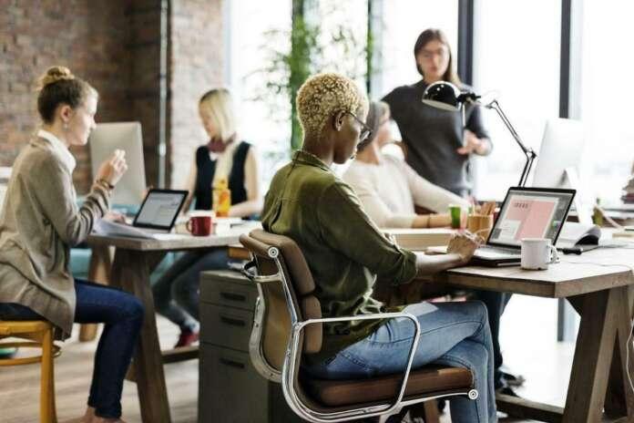 Çalışırken İş Görüşmesine mi Gideceksiniz? İşte 7 Yöntem!
