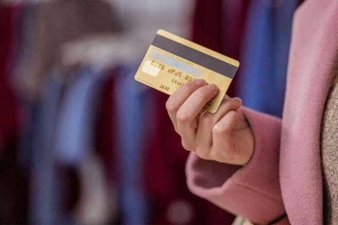 Kredi Kartı Aidatı Geri Alınır mı?