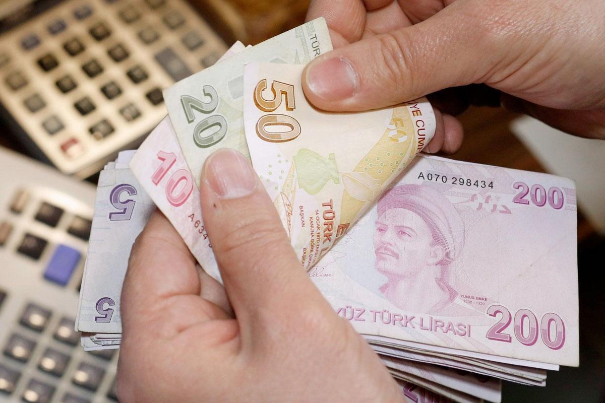 Devam Eden Ticari Kredilerde Yüzde 1'lik Ücret Devam Ediyor