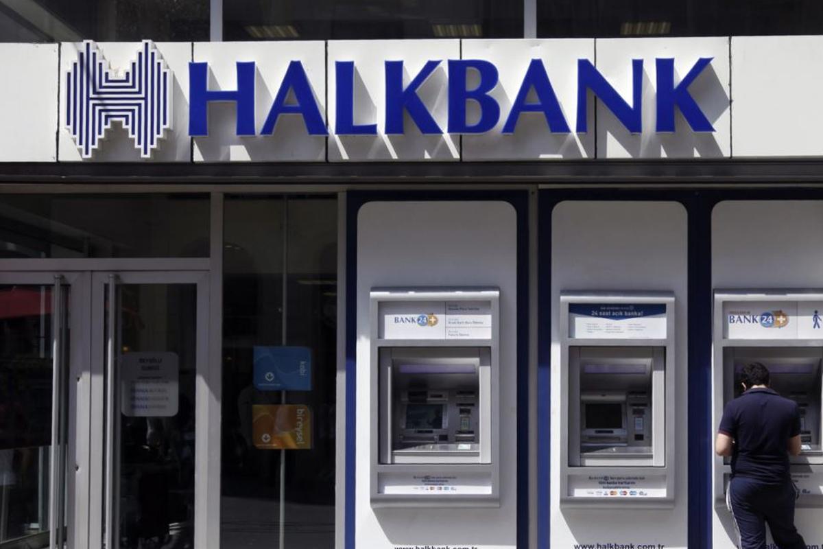 Halkbank'tan 100.000 Kadına 8 Milyar TL Kredi Hediyesi