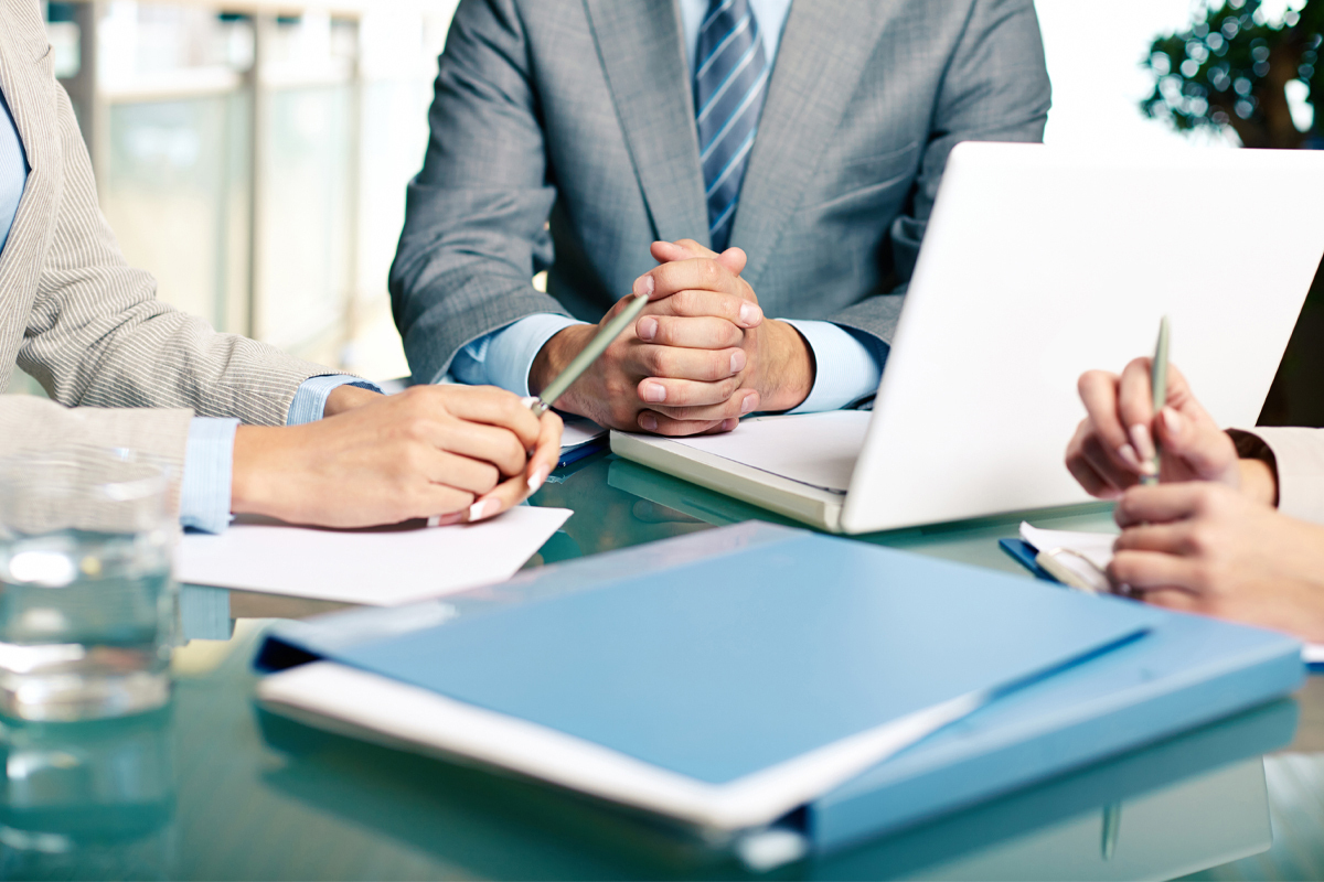 Teknik Hizmetler Yönetici Yardımcısı için Gerekli Nitelikler